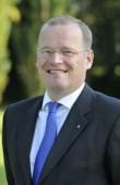 14.) Axel E. Kloth, persönlich haftender Gesellschafter der J.L. Völckers & Sohn KG